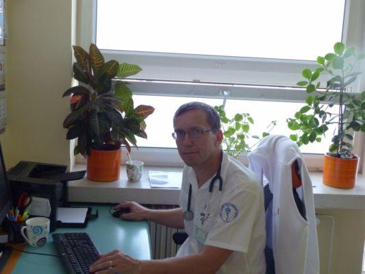 propagátor paliativní medicíny Ondřej Sláma v ordinaci