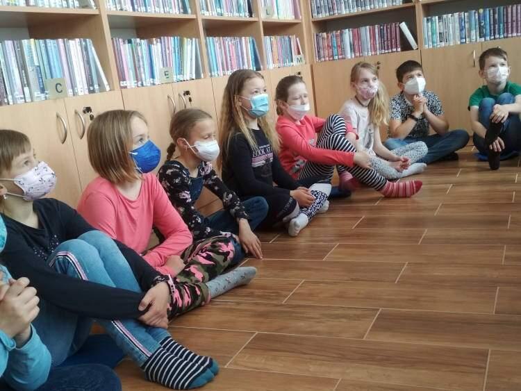 Návštěva knihovny ve Stonařově