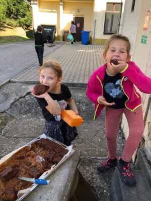 ZŠ Mžany - 2021/09 - Pečeme perník s jablky (ŠD)