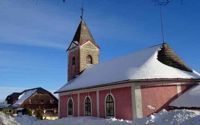 Nové Hutě, kostel Nejsvětějšího Srdce Ježíšova