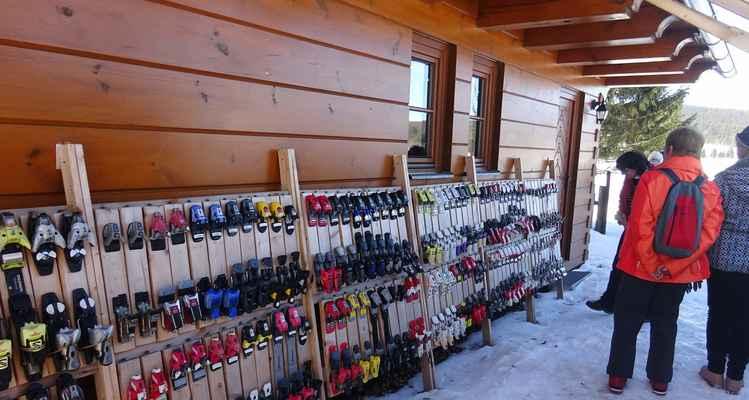 Výstava lyžařského vázání