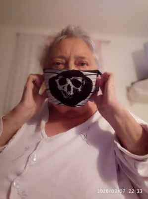 Pašková.J. foto 2020. - Rouško od Jiřinky.Paškové,poslané na WhatsApp dne 7.9.2020.Děkuji. »*« * Dne: 7.9.2020/pondělí/Kramolín. * All Rights Reserved Photo: J.Pašková  * Fotoaparát: Xiaomi Redmi Note 6A »*« #LasardoPictures #fotoJirinaPaskova #JirPa #rouško #praceJirinaPaskova #paskova #JP #JiPaskova #JiPašková #corona #rouška #pj #selficko #selfie #PaskovaSelficko #vrousku »*«  WiFi|8.9.2020,Plzeň Free Wi-Fi,Div.č.4.