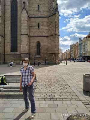 LasardoPictureS 2020 - Staníková V., mně poprosila o focení dne 21.5.2020,na náměstí u katedrály v Plzni. »*« * Dne: 21.5.2020 ve čtvrtek v Plzni.  * Fotograf: D'J.Tamáš|LasardoPictures.  * Fotoaparát: Xiaomi Redmi Note 8 lite.  * All Rights Reserved Photo: LasardoPictureS.   »*« * JT81 R.I.P hudba - www.youtube.com/playlist?list=PLALJeiPjfjpZFiG27SmrhQfsdprHyB4Dc * http://m.onlineradiok.com/petofi * www.lasardopictures.webnode.cz  * www.sisiangelswhitegabriela.estranky.cz  * www.forest1981.estranky.cz  »*«  #TJ81Fotograf #Seriously #Lasardopictures #StanikovaVlasta #Stanikova #Staníková #sv #VlastaStanikova #Plzen #Pilsen #Plzeň #VS #namesti #lavička #náměstíRepublikyvPlzni #NáměstíRepubliky #vPlzni #katedrála #lidi #katedrálesvatéhoBartolomějevPlzni #lavičky  »*«  Žij tak že až když někdy zemřeš aby se ostatní nudili. WiFi od Plzeň free,Dominikánská ul.,v práci/dne 21.5.2020/Úprava textu/S27/v Plzni dne 21.5.2020.