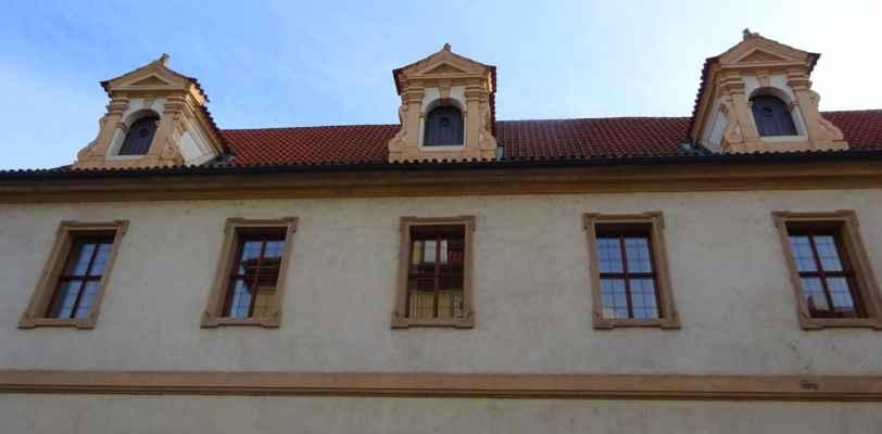 Valdštejnská 3 - Valdštejnský palác