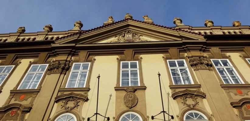 Valdštejnská 10 - Kolovratský palác