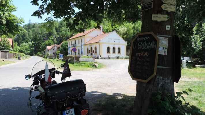 U Grobiána, kdysi jsme zde byli s motorkáři na obědě.